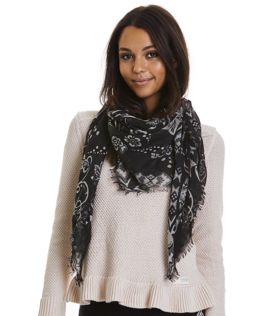 odd molly scarf