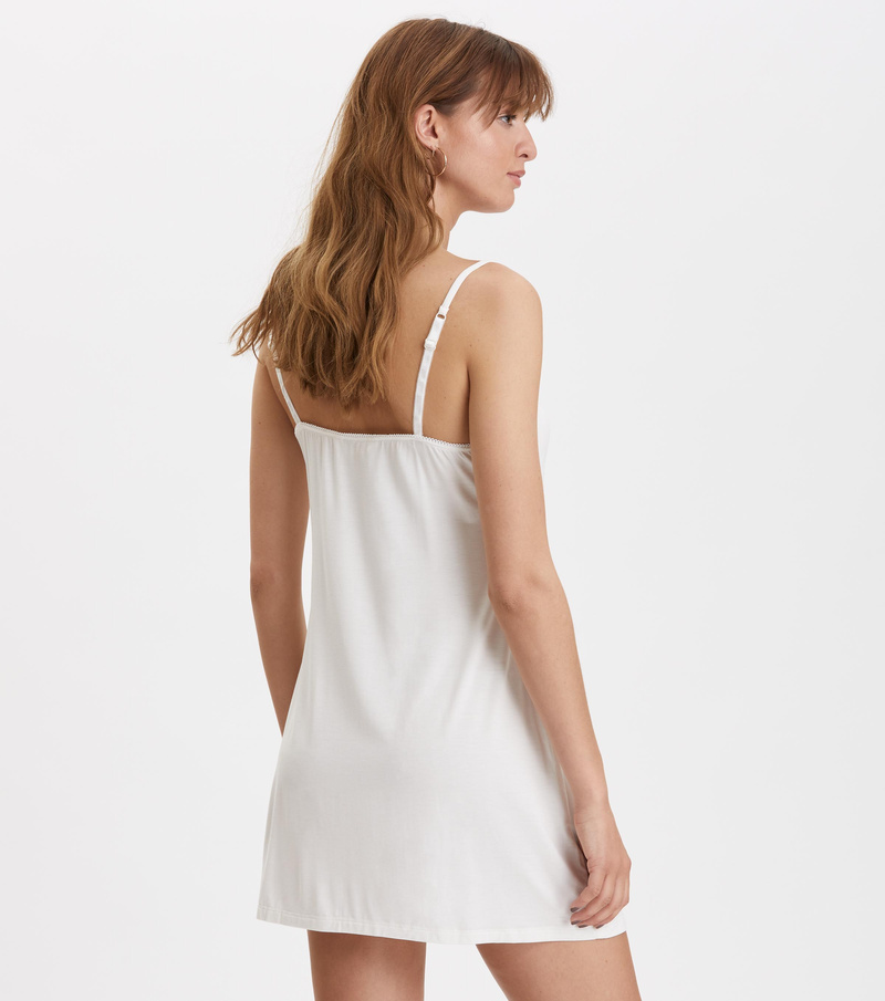 hands on dress