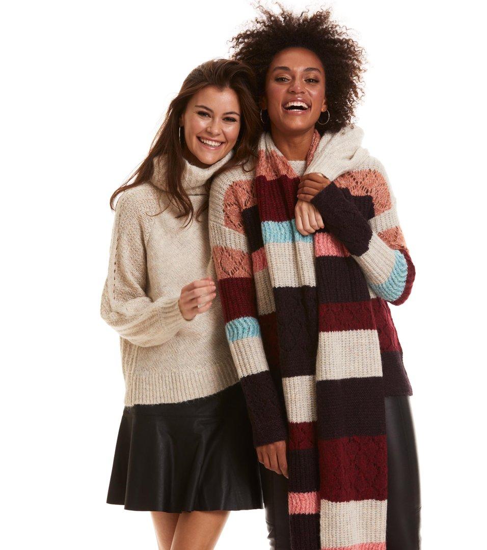 6897d6a125 Odd Molly - wolly blocks scarf - RED SKY