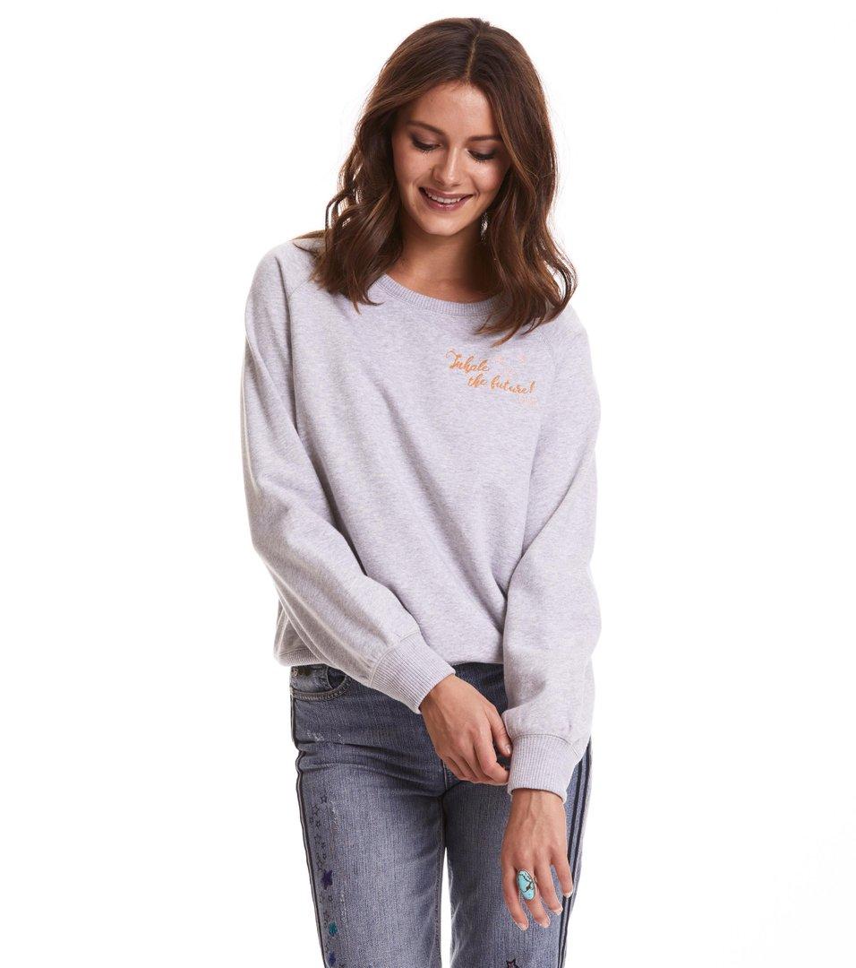 vibe spirit sweater