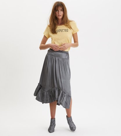 swing loose skirt