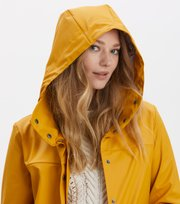 Odd Molly - outstanding rainjacket - GOLDEN OCHRE