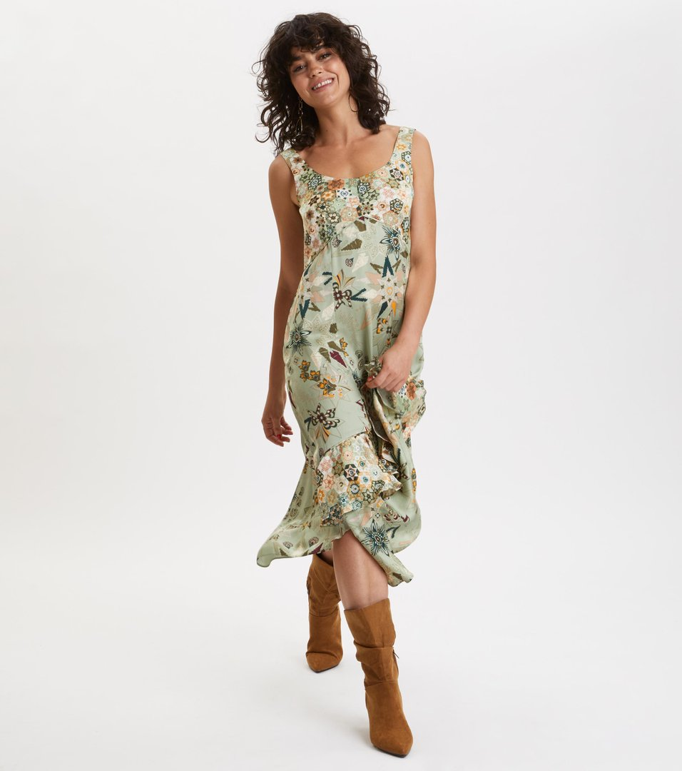 5caf2d65db81 molly-hooked dress ...