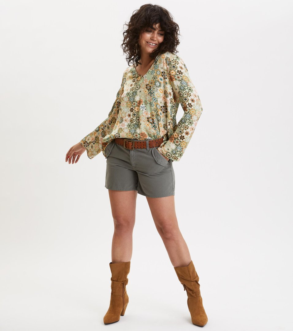 90aabae2185bed molly-hooked blouse ...