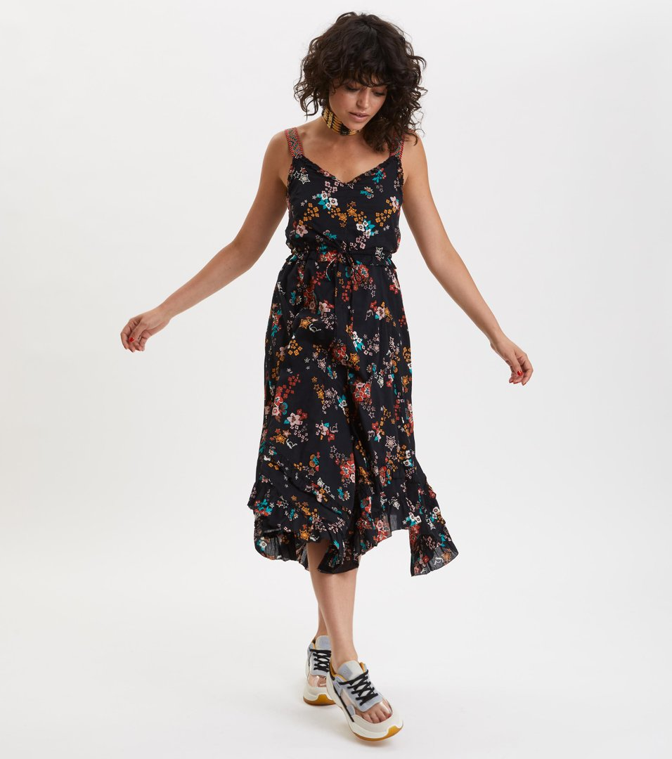 ad843ce7 ... marvelously free strap dress ...