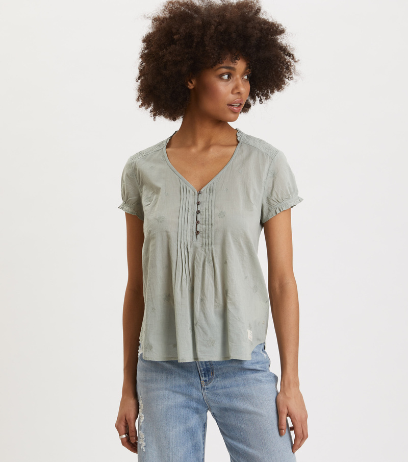 On Point Blouse