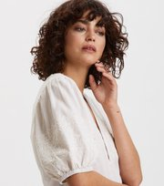 Odd Molly  - Dynamic Blouse - LIGHT CHALK SOLID